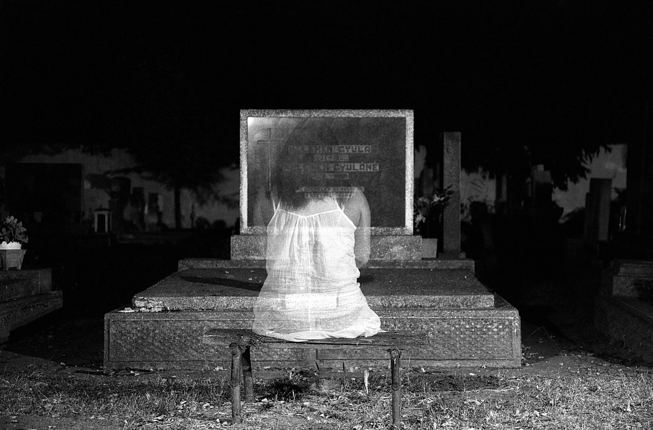 girl ghost in cemetery